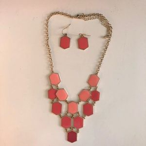 Statement chunky necklace earring set